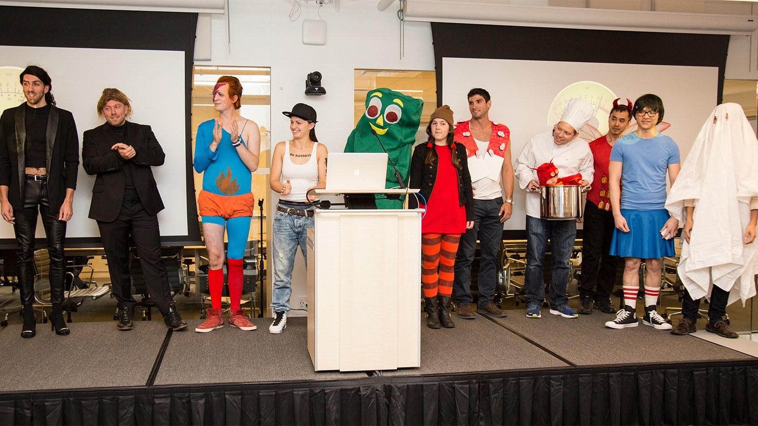group-costume-halloween